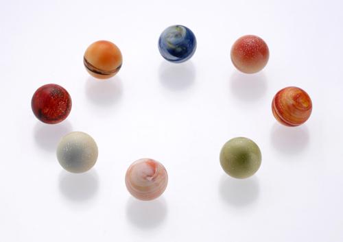 太陽系をイメージしたあま~いショコラの惑星「レクラ 惑星の輝き」002