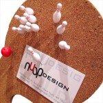 コルクボードがボウリング場に「nuop design ボウリング プッシュピン」