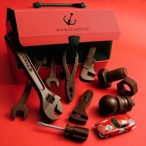 クルマや機械が好きな人にあげたら喜ばれそう「神戸フランツ 工具チョコレート」002