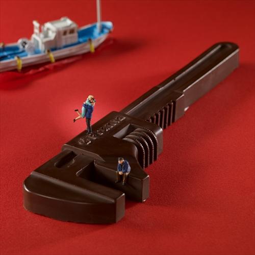 クルマや機械が好きな人にあげたら喜ばれそう「神戸フランツ 工具チョコレート」003