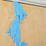 青い鳥がデッドスペースを有効活用「Kikkerland バードフック」