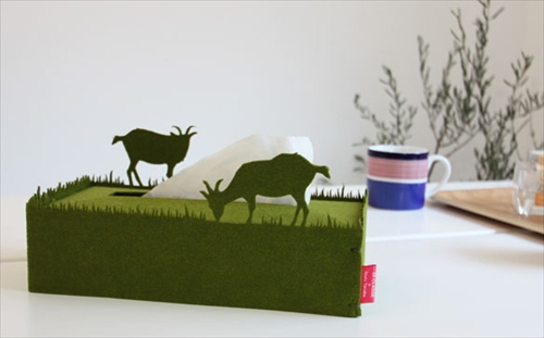 ヤギさんがティッシュを食べてるように見えちゃうティッシュケース「tissuecase mushamusha」001