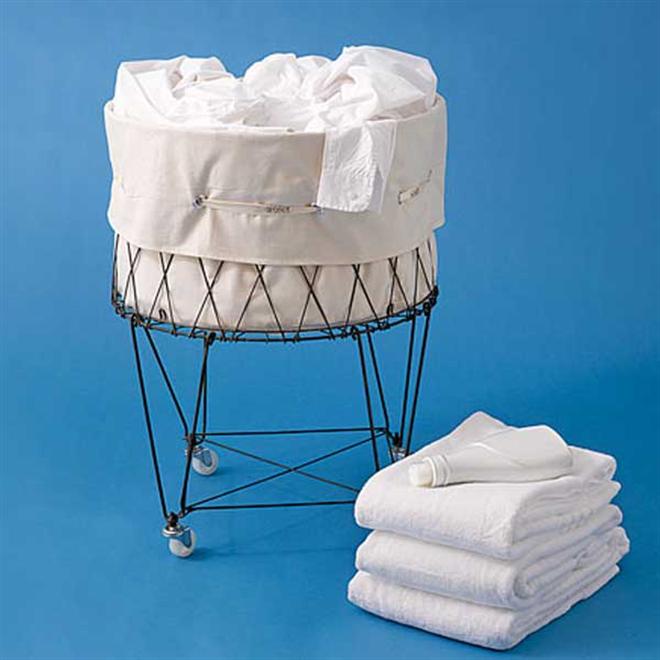 シンプルでとってもレトロなワイヤーランドリーバスケット Collapsible Laundry Basket001