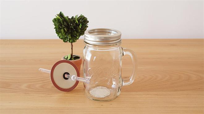 ビンじゃないよグラスだよ フタ付きの大きなグラス Rednek Handled Glass Mug 001