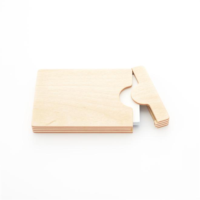 紙と木の合板から作られた名刺入れ FULL SWING CARD CASE001