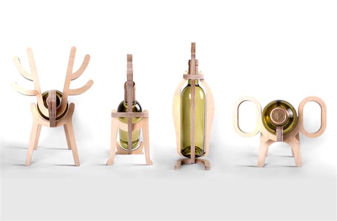 動物がワインをキープ 木製のワインラック Animal's bone001