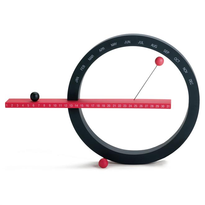 磁石で浮く球と円のカレンダー MoMA Perpetual Calendar002