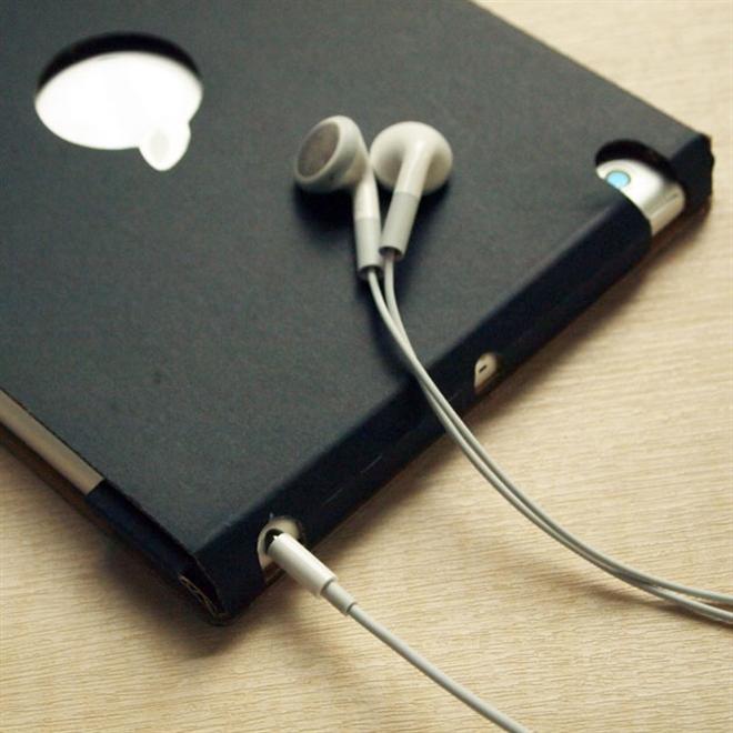 そのまま使うも良しカスタマイズするも良し ダンボールのiPad miniケース002