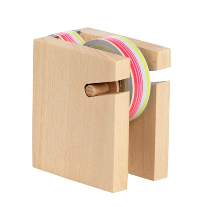 何本もテープを収納できる木のテープディスペンサー HAY Tape Block002
