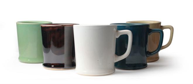 和食器に使われる釉薬で色付けした陶器のコーヒードリッパー amabro REGULAR DRIPPER003