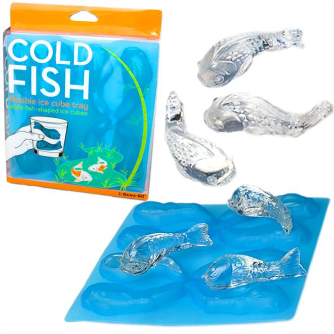コップで泳ぐのは氷の鯉 鯉のカタチをした氷が作れるアイストレイ003