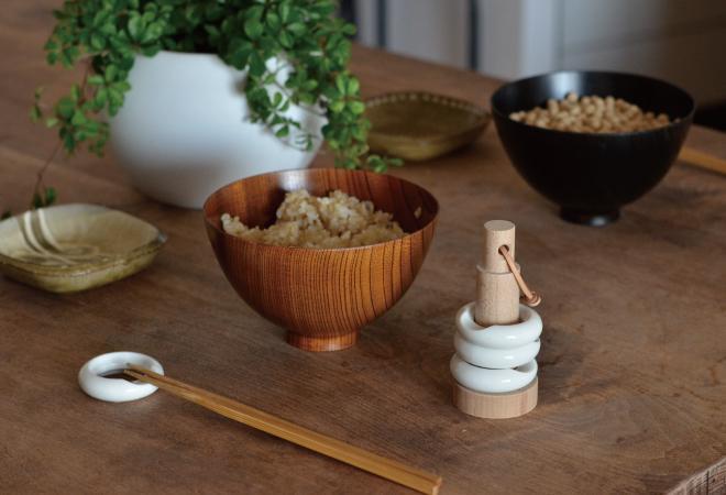 積み重ねて収納できるリングの箸置き ceramic japan リングセット004