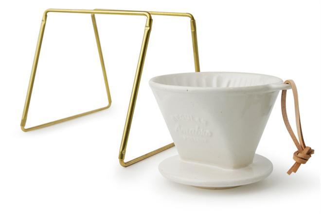 和食器に使われる釉薬で色付けした陶器のコーヒードリッパー amabro REGULAR DRIPPER004