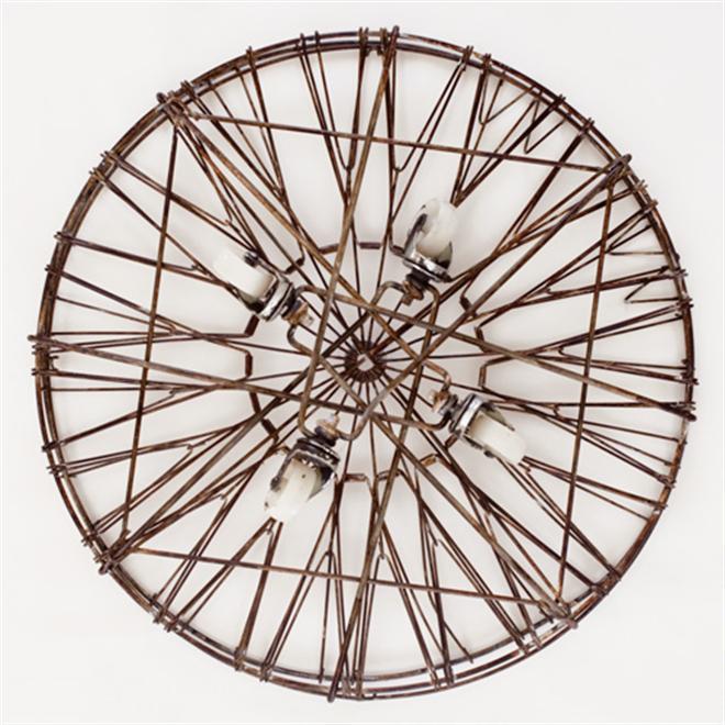 シンプルでとってもレトロなワイヤーランドリーバスケット Collapsible Laundry Basket004