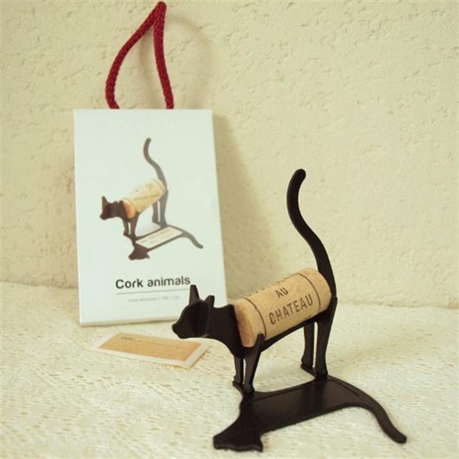 ワインコルクをメッセージとともに記念のインテリアに Cork animals005