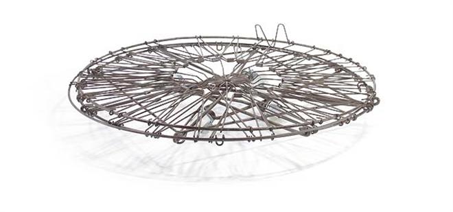 シンプルでとってもレトロなワイヤーランドリーバスケット Collapsible Laundry Basket005