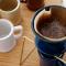 和食器に使われる釉薬で色付けした陶器のコーヒードリッパー amabro REGULAR DRIPPER006