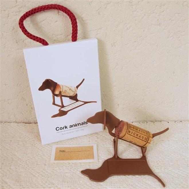 ワインコルクをメッセージとともに記念のインテリアに Cork animals007