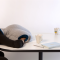 頭の先から首まですっぽりかぶれちゃう枕 OSTRICH PILLOW005