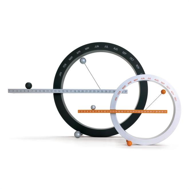 磁石で浮く球と円のカレンダー MoMA Perpetual Calendar001
