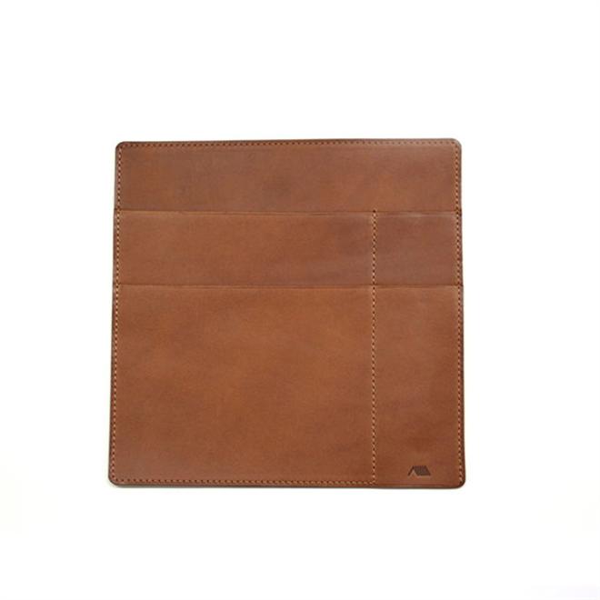 革のケースにノートやペンをまとめて持ち運び YAMASAKI DESIGN WORKS A6ノートケース001