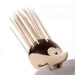 背中にしょっているのは針じゃなくてつまようじ ヤマアラシのつまようじ立て