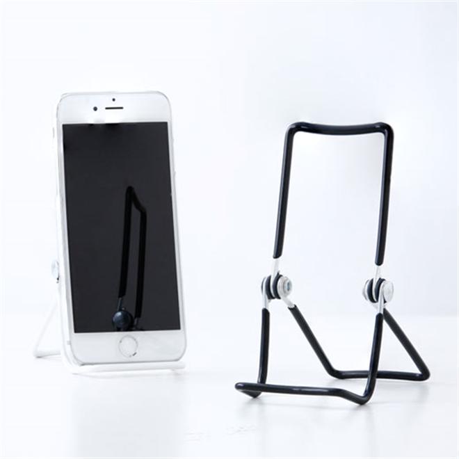 スマートフォンから本まで なんでも立てかけられる汎用性の高いワイヤースタンド Three Wire Display Stand003