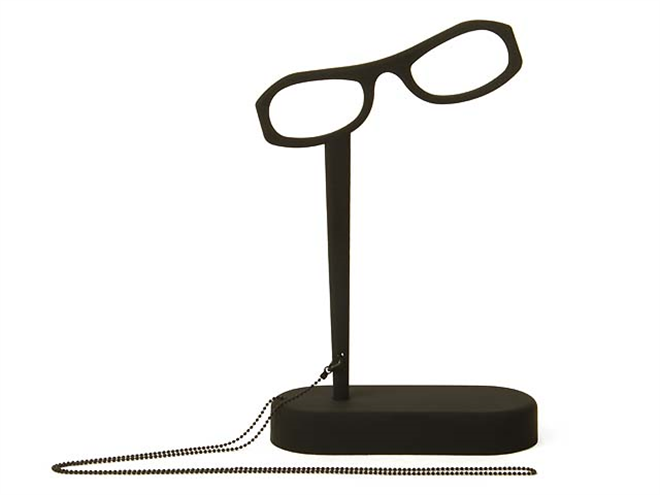 オブジェのような存在感 メガネのカタチをした読書用のルーペ See Home005