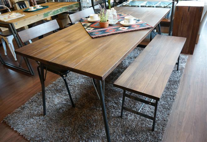 無垢の天然木をオイルフィニッシュで仕上げたダイニングテーブル&チェア BIMAKES SHINBASU DINING001