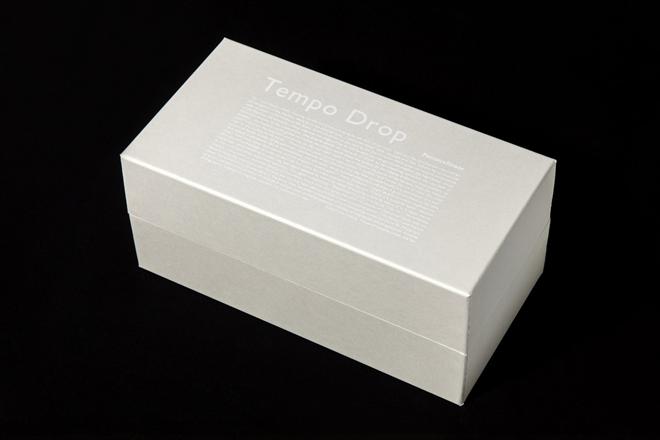 19世紀にヨーロッパで実際に使用されていた気候の変化で結晶の形が変化するオブジェ TEMPO DROP002