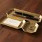 使えば使うほど味が出る 真鍮で作られた鋳物のトレー FUTAGAMI 文具トレイ002