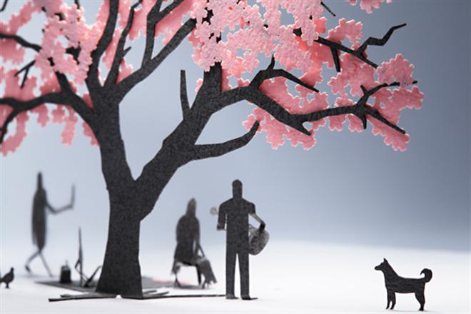 花見を楽しむ人達がペーパー模型に 1/100スケールの桜と人物のセット TERADA MOKEI お花見編003