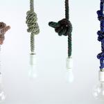 紐のコードを結んで長さを調節するペンダントライト Tricote Knot Pendant Light