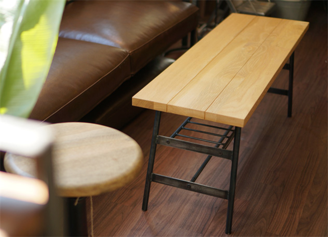 無垢の天然木をオイルフィニッシュで仕上げたダイニングテーブル&チェア BIMAKES SHINBASU DINING004