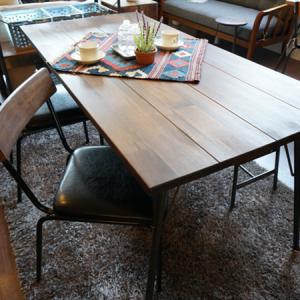 無垢の天然木をオイルフィニッシュで仕上げたダイニングテーブル&チェア BIMAKES SHINBASU DINING005