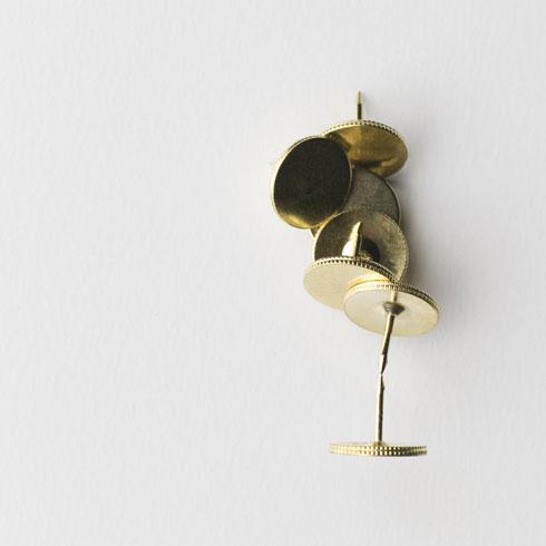 キーホルダーやクリップを貼り付けられる磁石を内蔵した画鋲 100% Magnet Tack