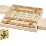 駒の動き方がわかりやすく書かれた将棋駒 NEW スタディ将棋
