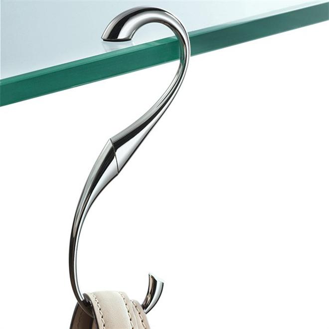 ハートをくるりと回せばS字のハンガーに変身 ハート型のバッグハンガー Philippi Heart Bag Hanger003