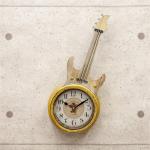 音楽好きにはたまらない アンティーク調のギターをモチーフにした時計